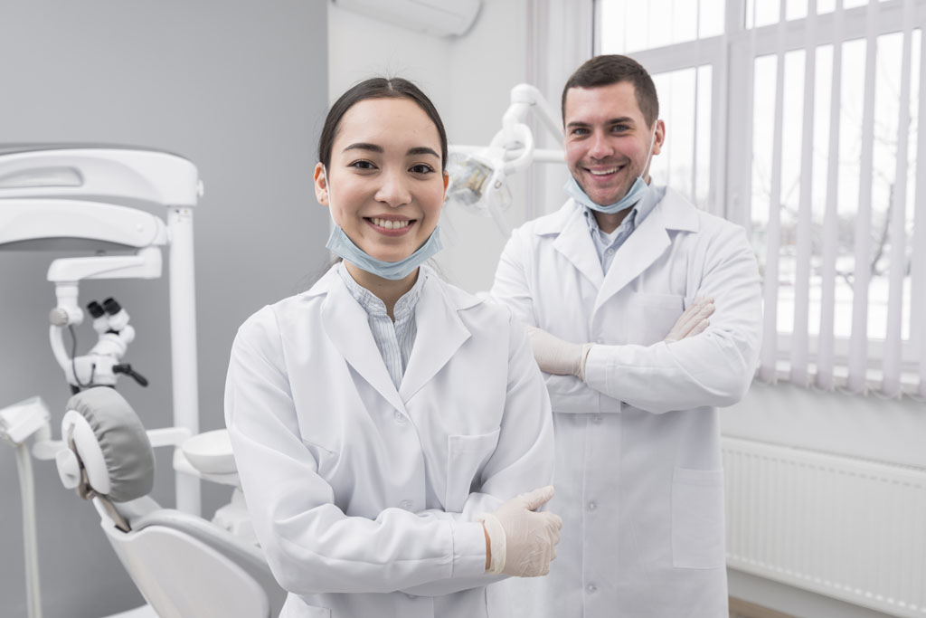 Bone Level 與 Tissue Level 兩種截然不同的植體設計對於醫師而言是近乎兩條永無交集的平行線