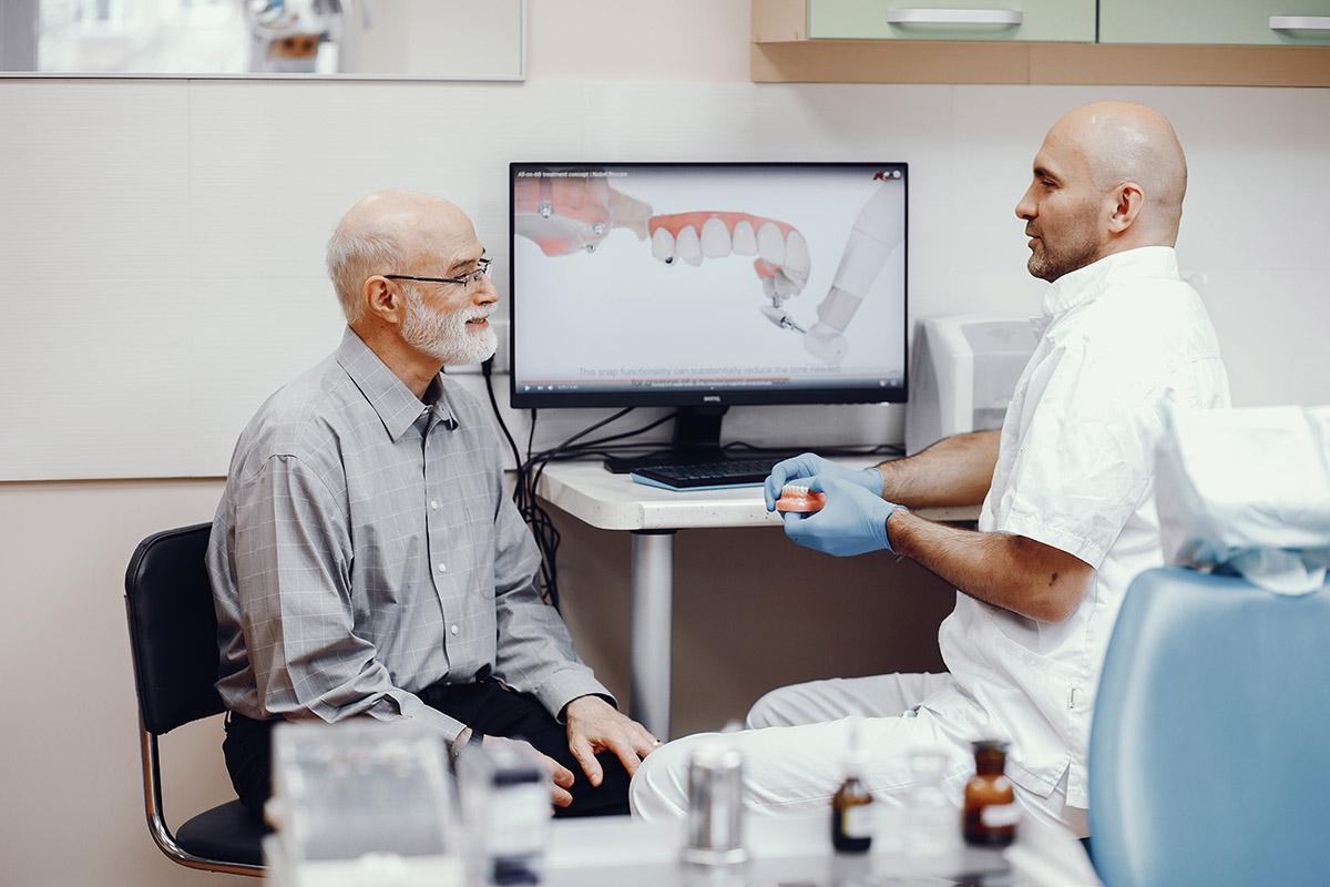 牙科數位化製程-智慧話與客製化